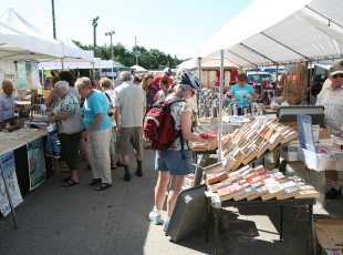 Port Elgin Beach Market
