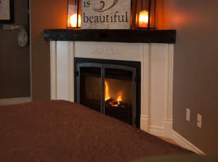 Treatment room with fireplace